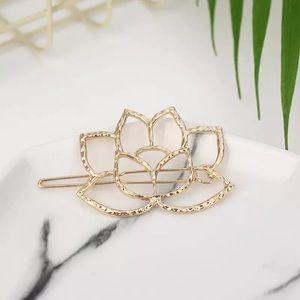 Dainty Gold Lotus Flower Hair Pin
